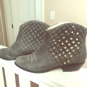 Gray leather boot w silver studs